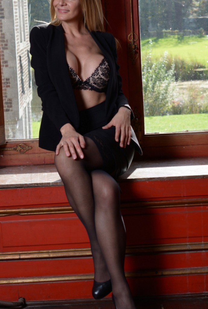 Escort Jennifer perfect companion - best girls in Brussels